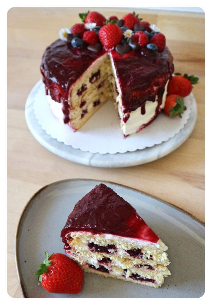 Gay Baking - Beeren Drip-Cake mit Vanille-Buttercreme