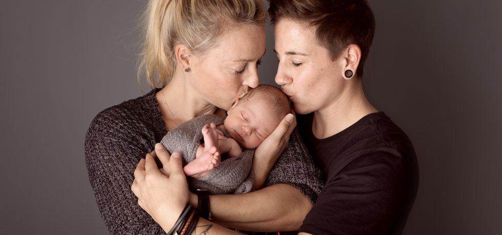 Zwei homosexuelle Mütter übers Eltern-Dasein