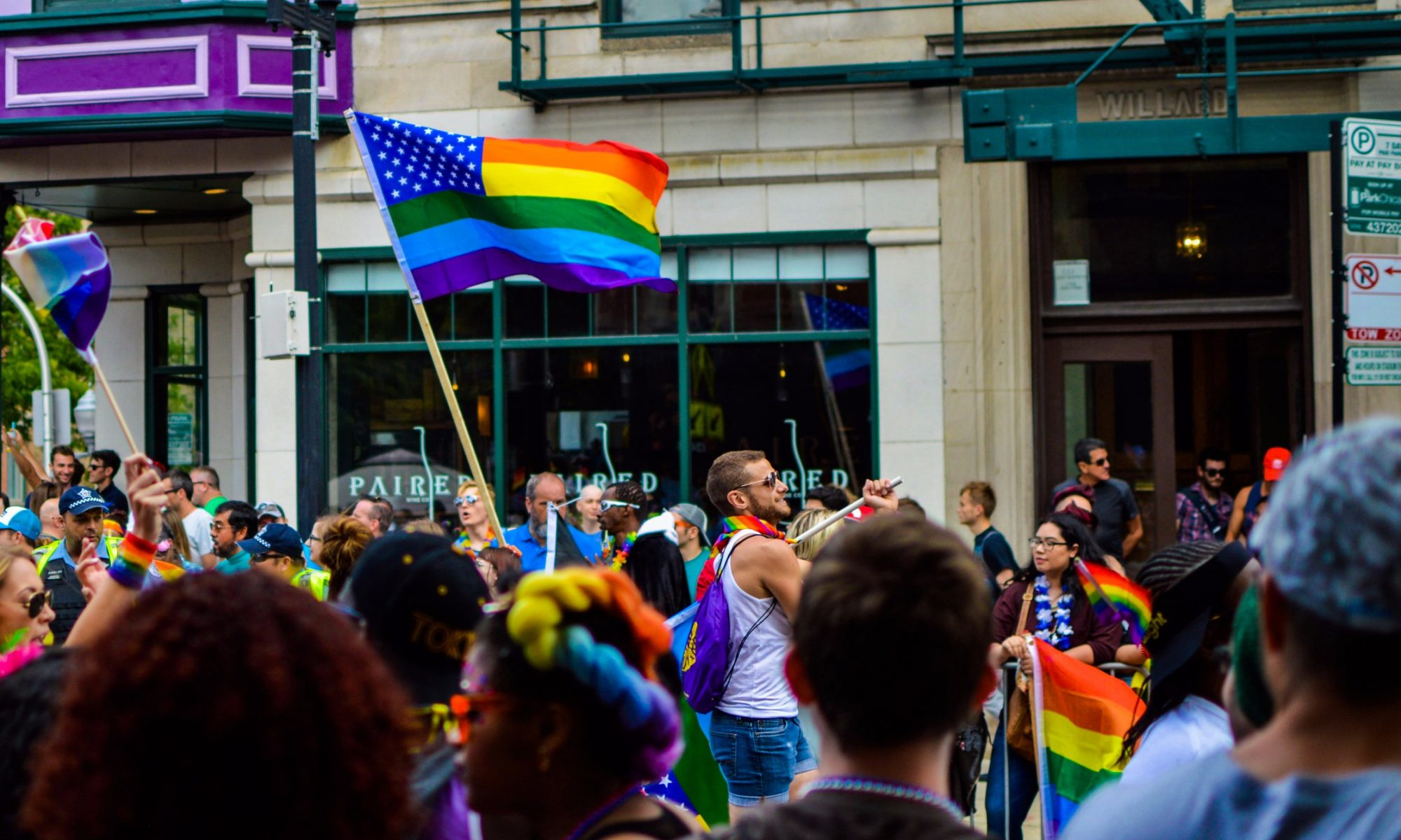 LGBT Studie Bild Pride - Fast die Hälfte lebt Orientierung nicht offen aus