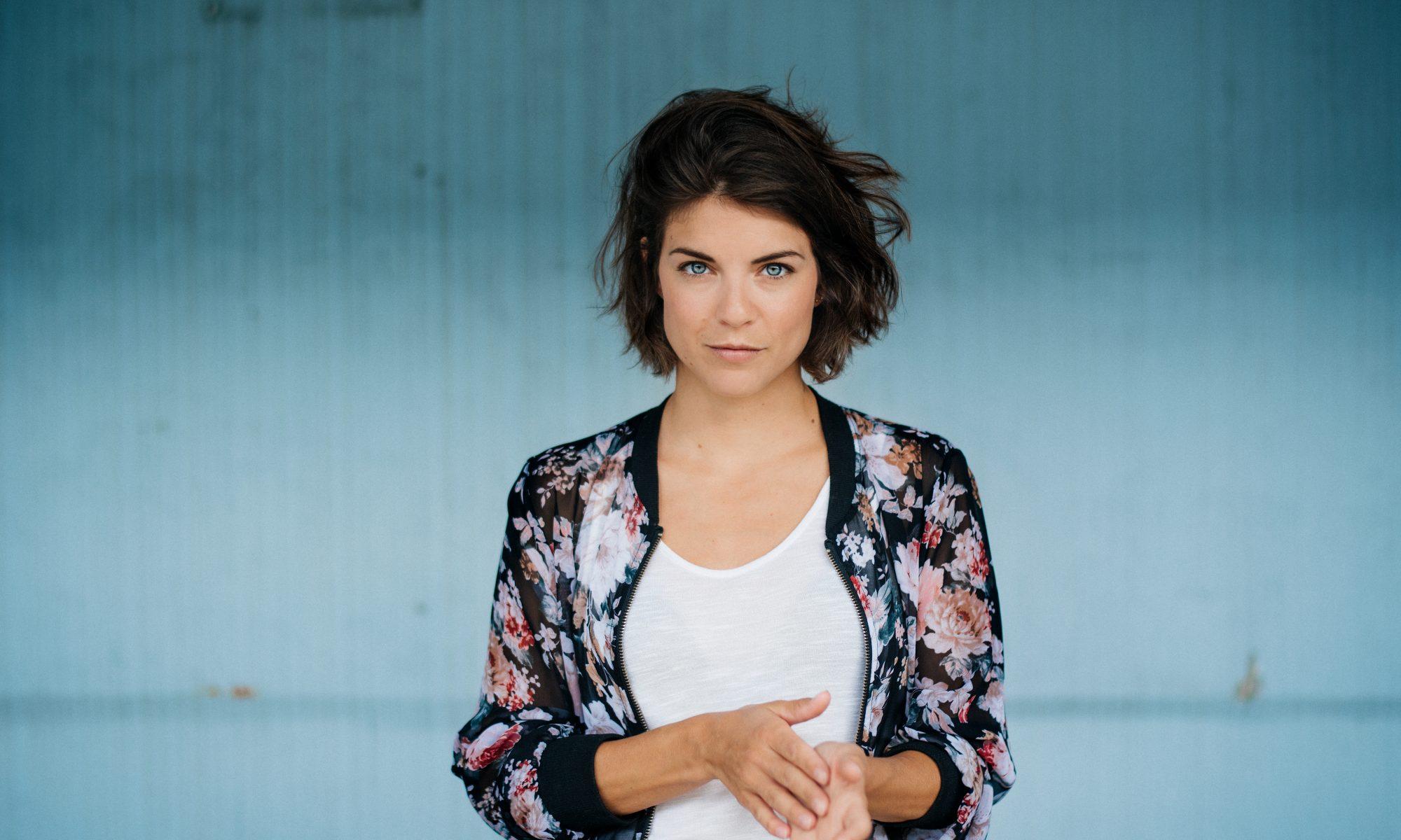 Maike Johanna Reuter im Interview - Busenfreundin das Magazin