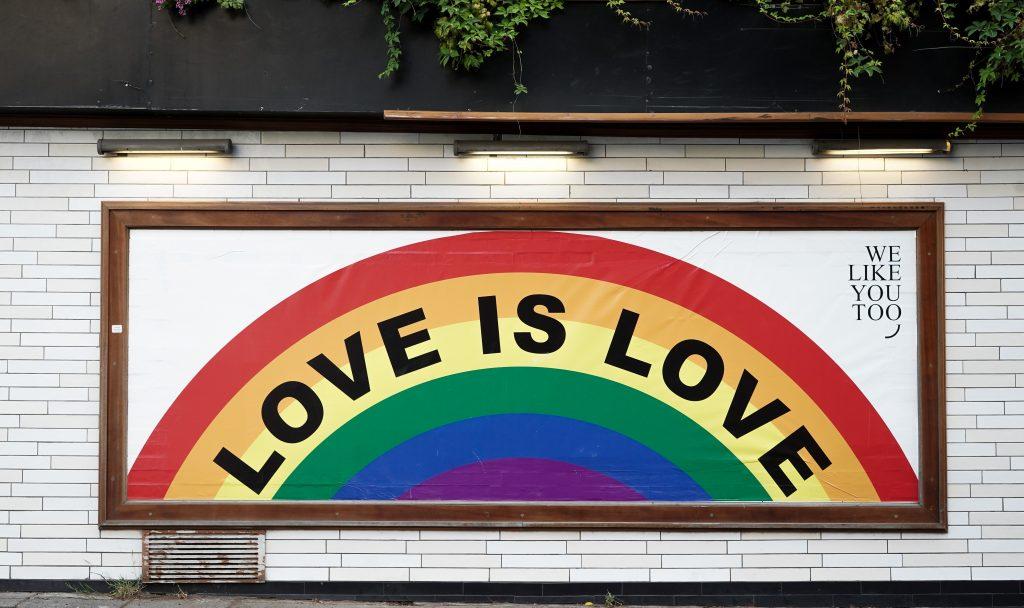 Love is Love Regenbogen