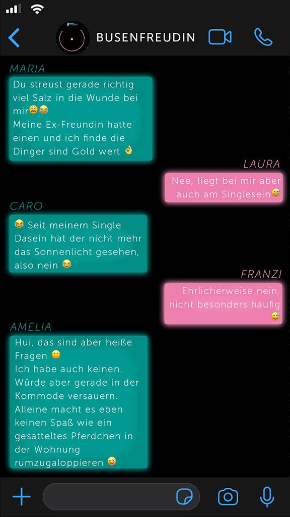 So ticken Lesben Chat-Verlauf Strap-On